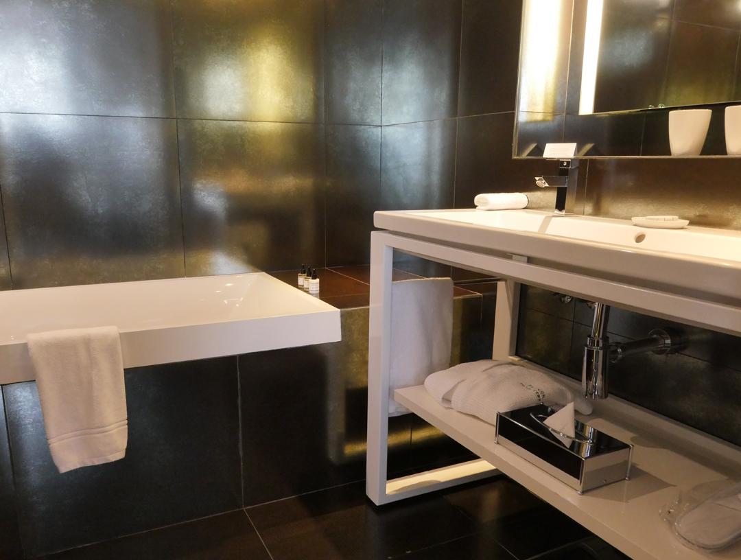 Double Sink - Kafka Pavillon des Lettres