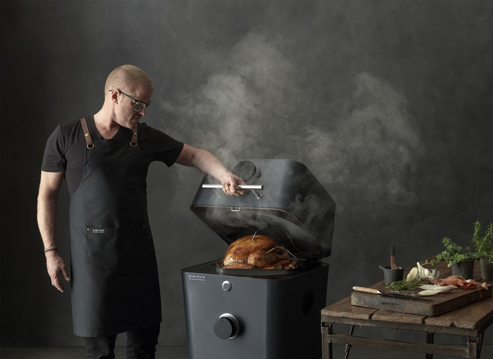 Everdue 4K BBQ with Heston Blumenthal Cooking Turkey Lifestyle