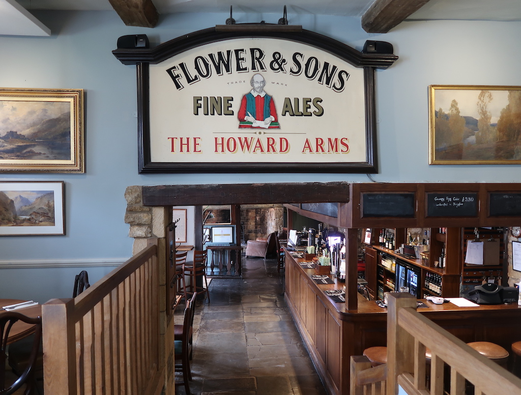 The Howard Arms Interior - Flowers and Son Fine Ales