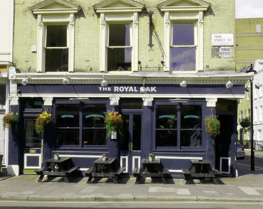 The Royal Oak - exterior