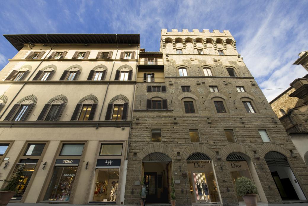 Antica Torre Florence, Exterior