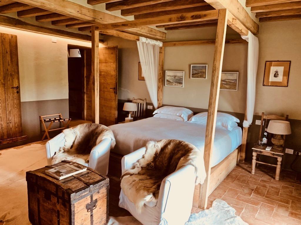 Conti di San Bonifacio bedroom