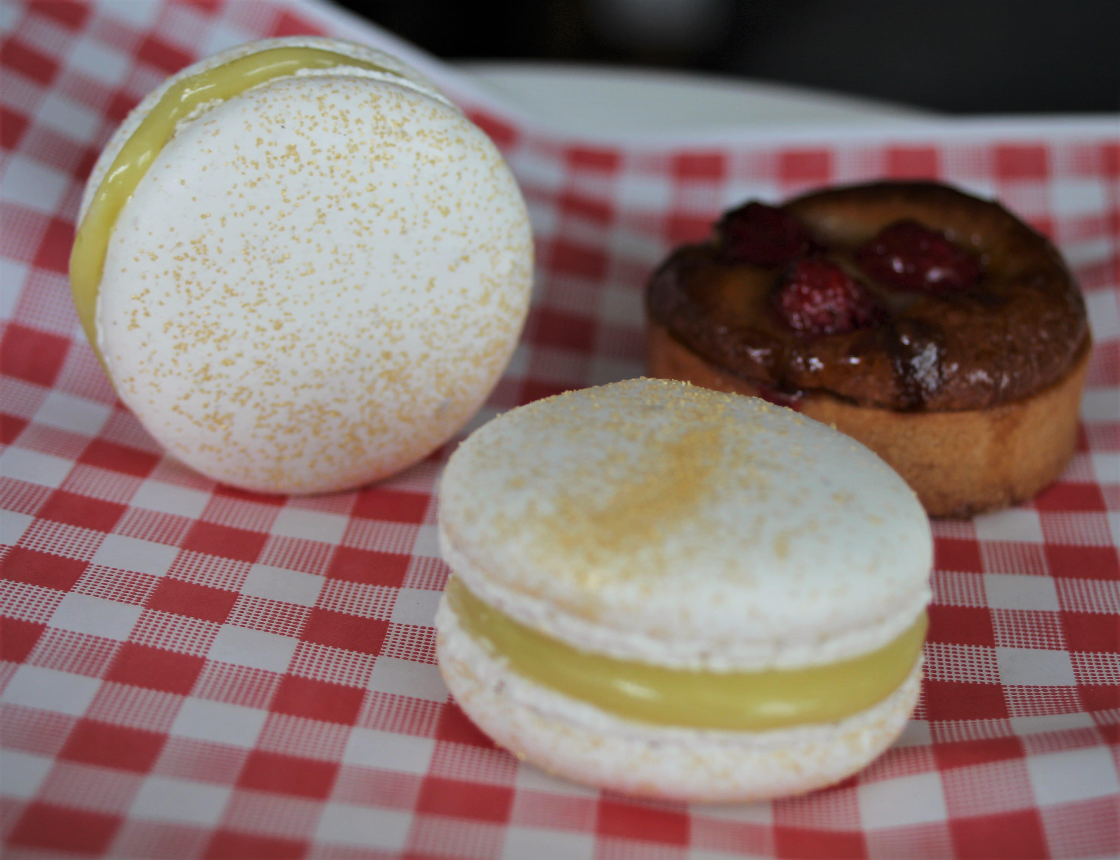 Plate Tea Academy macarons