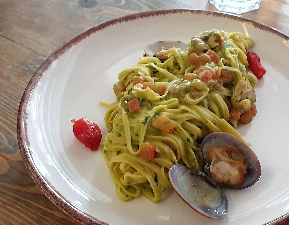 Spaghetti Chitarra & clams