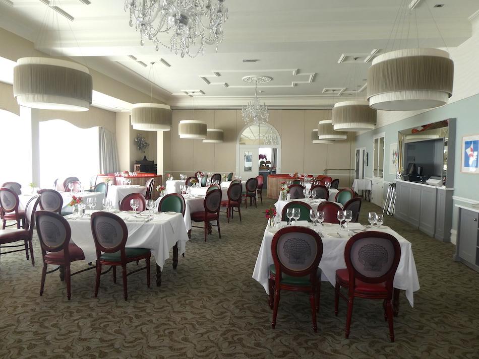 Samphire restaurant at the Headland