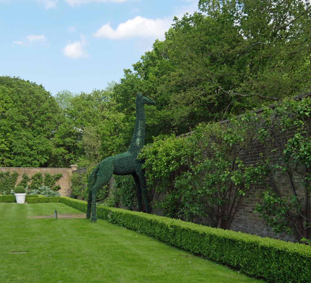 Topiary Giraffe - The Grove Gardens