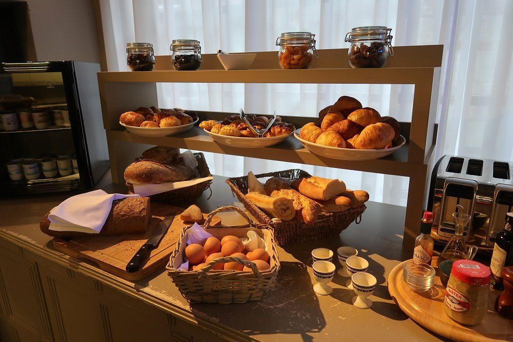 Wallonia Hotel Les Tanneurs Breakfast Bar