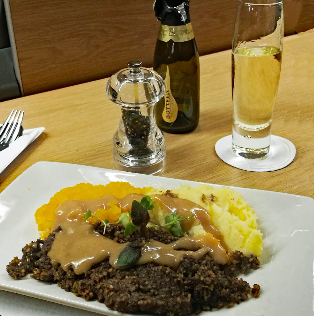 Haggis Tatties and Neeps in the Club Car