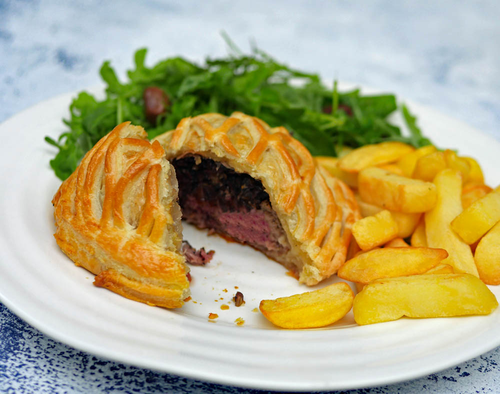 Beef Wellington cut