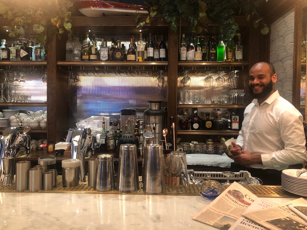 Chucs Kensington barman