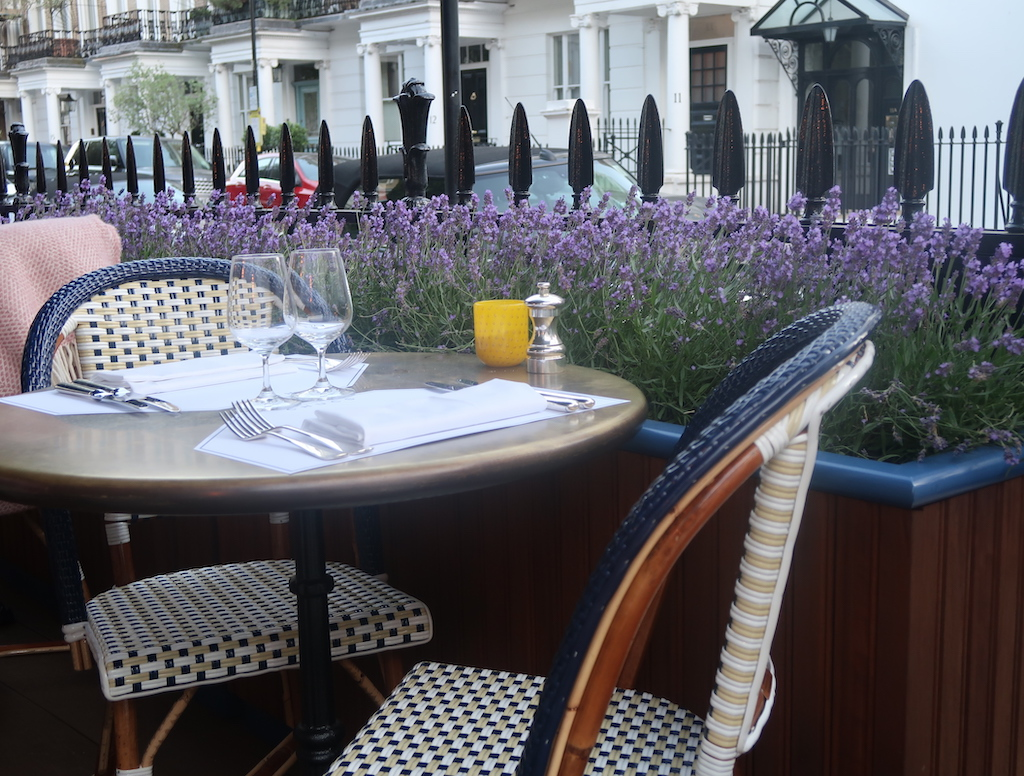 Chucs Kensington - terrace