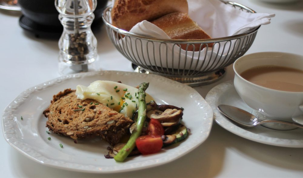 De Witte Lelie, Antwerp, Breakfast eggs-