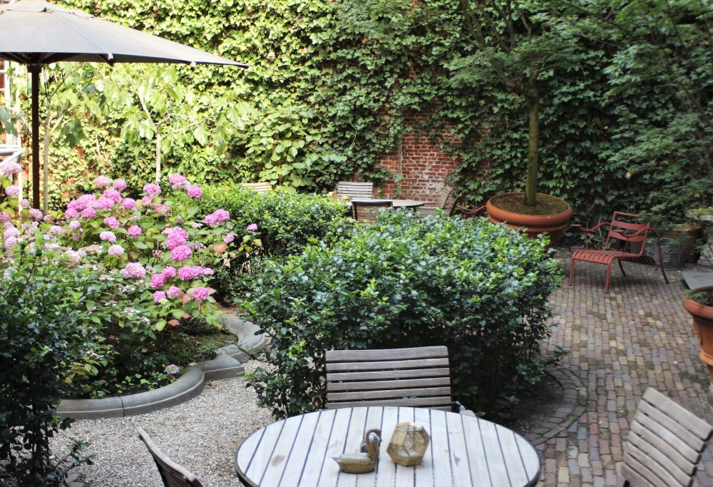 De Witte Lelie, Antwerp, Courtyard outdoors-