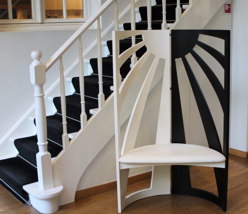De Witte Lelie, Antwerp, designer chair-