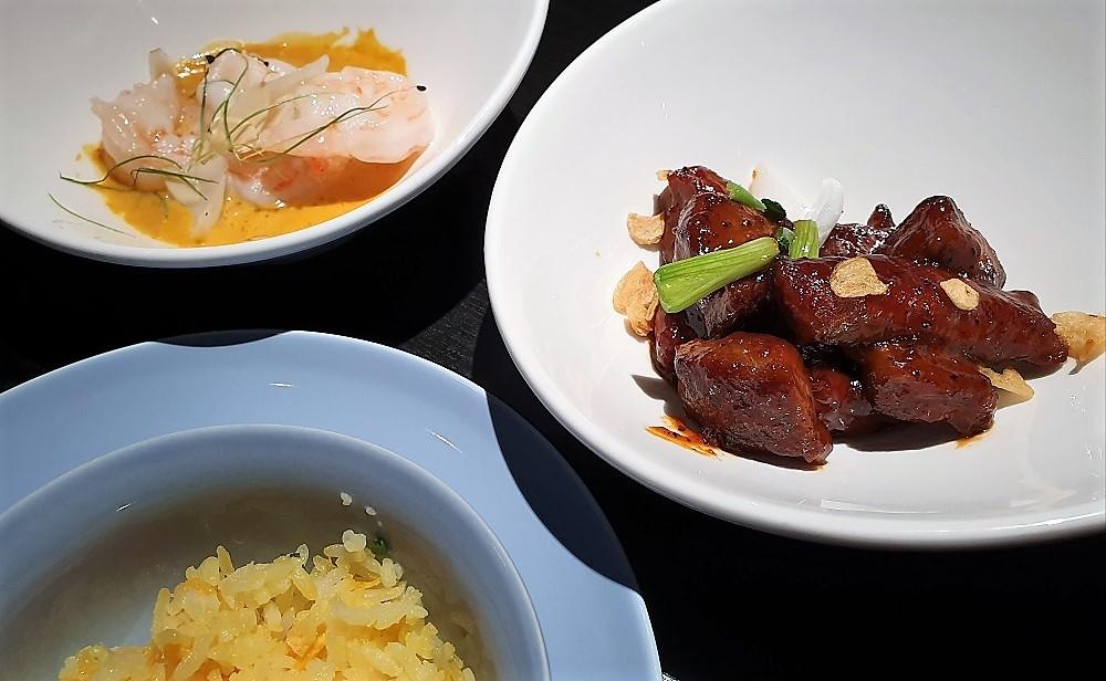 Hakkasan - stir fried black pepper beef, spicy prawns