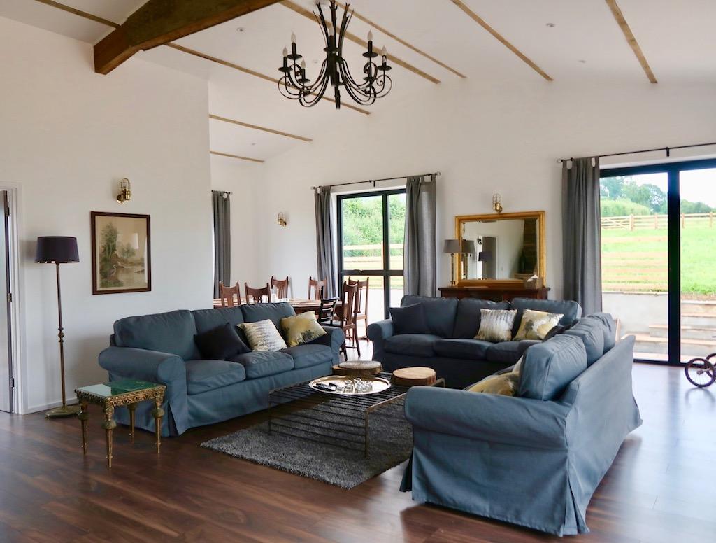 Wild Oak Barn living room area