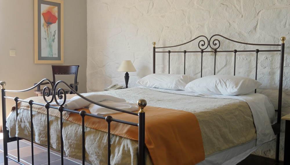 Room Mistral