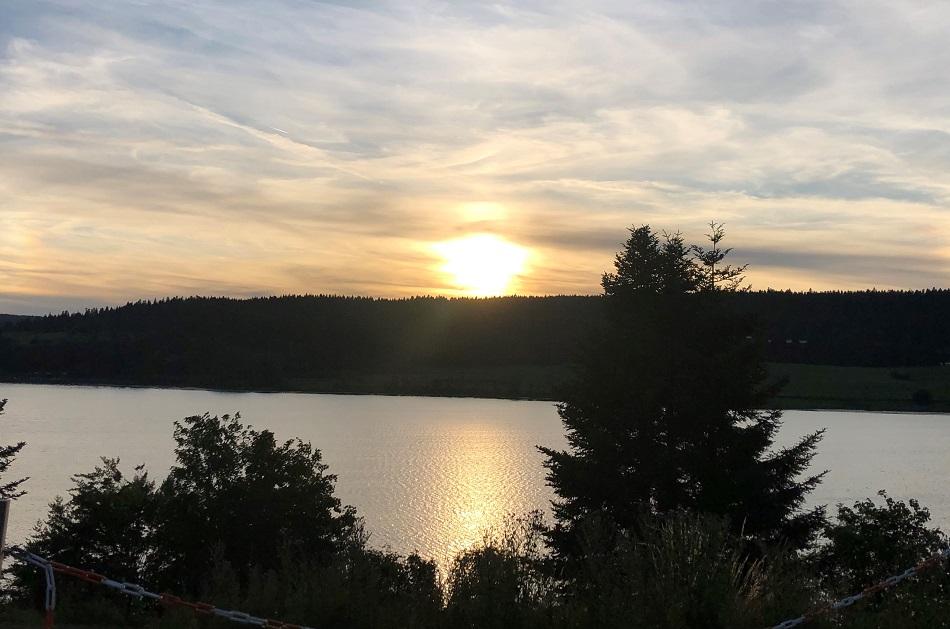 Lac Saint Point sunset Malbuisson
