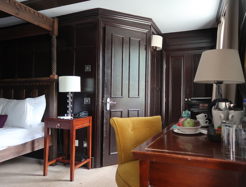 The Talbot Ripley - Bedroom