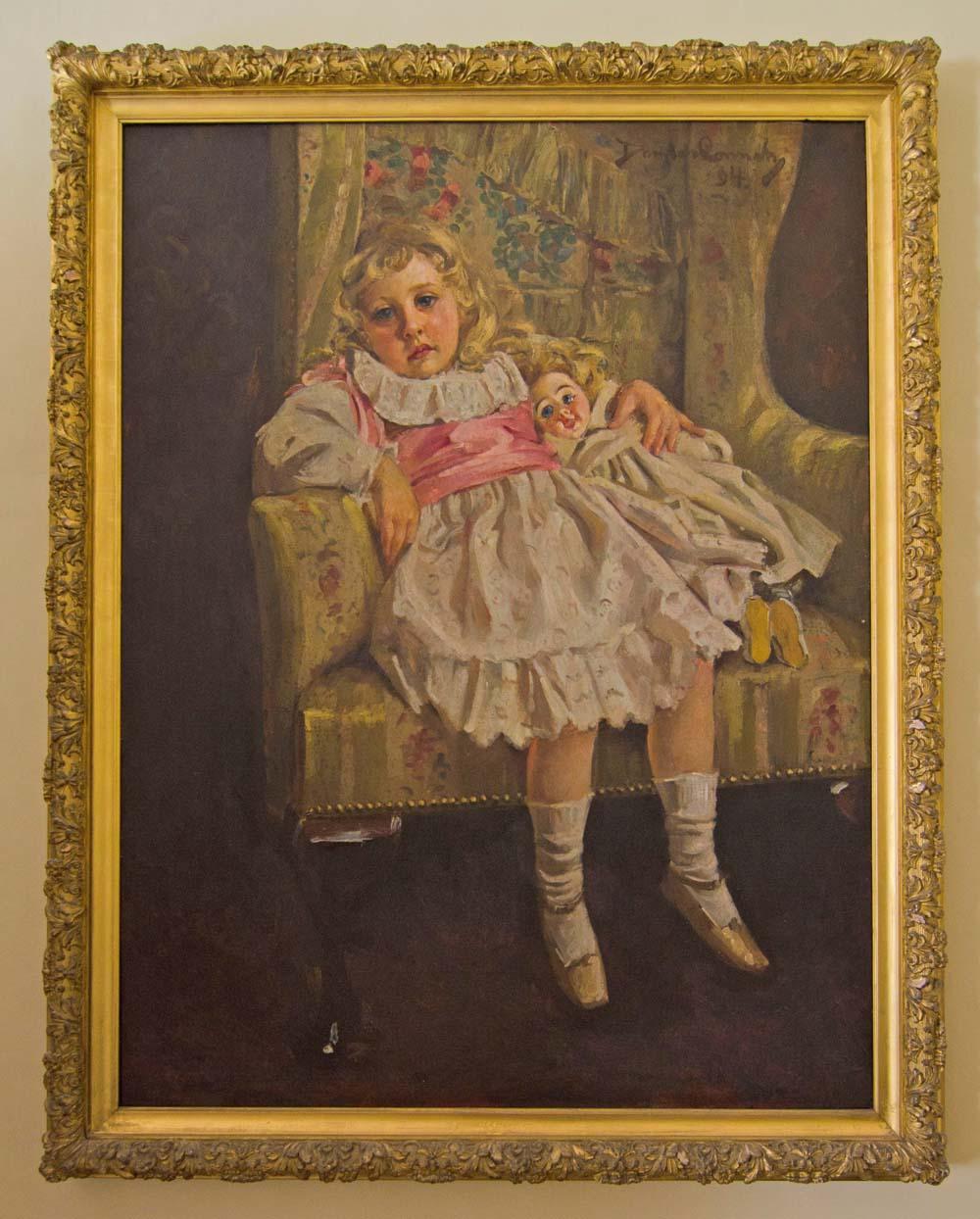 Portrait of Agatha Christie as a young girl at Greenway - copyright Alex Graeme, Unique Devon Tours Uini