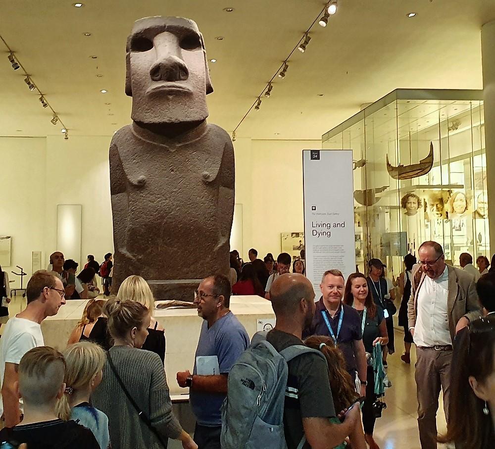 British Museum - Moai.