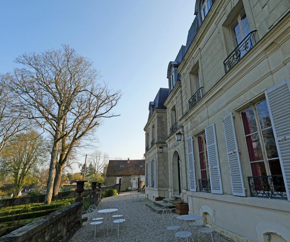 Chateau de Pichaney side