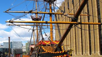 Golden Hinde from the front