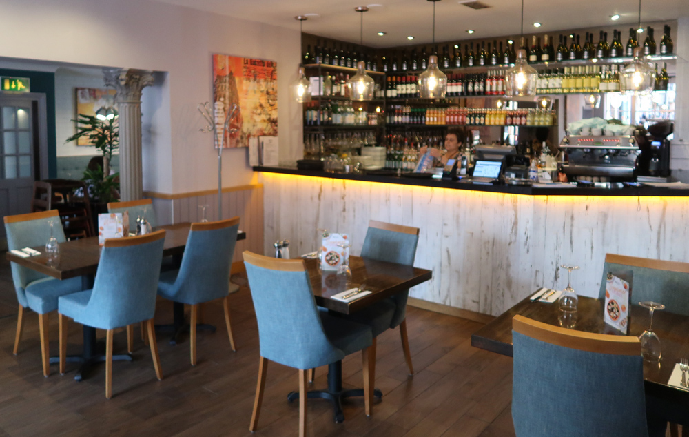 Prezzo Reading Interior
