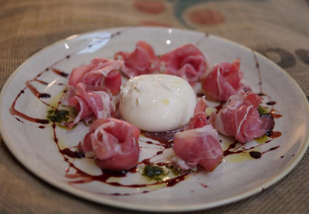 Prosciutto and burrata at Bottles and Battles