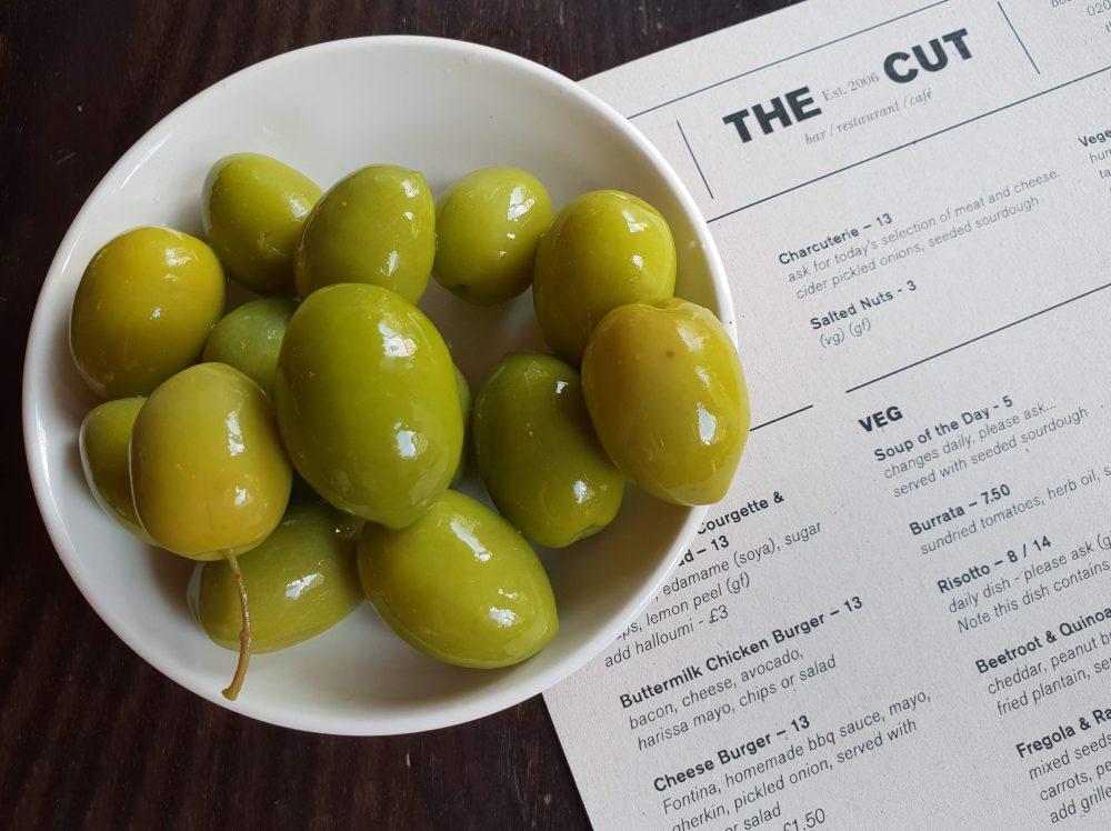 The Cut, Giaraffa olives