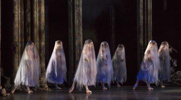 Giselle Birmingham Royal Ballet - Credit Bill Cooper