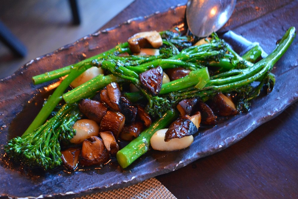 Tenderstem brocolli with water chestnuts