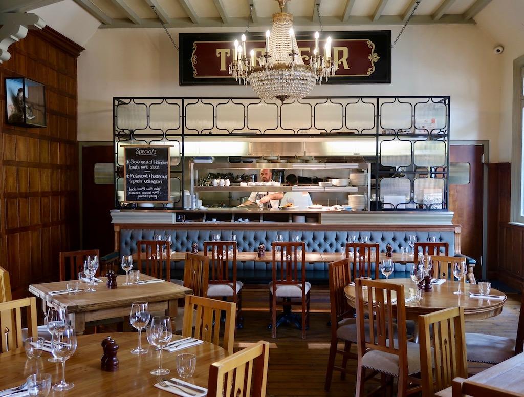 Ealing Park Tavern - restaurant