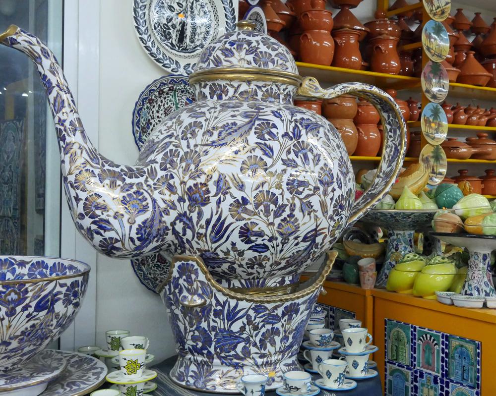 Giant Tea Pot Nabeul