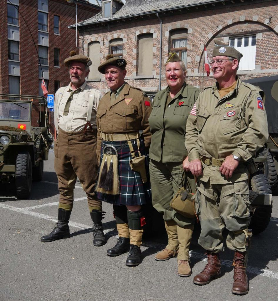 Tanks in Towns - Canadian Soldiers from Holland