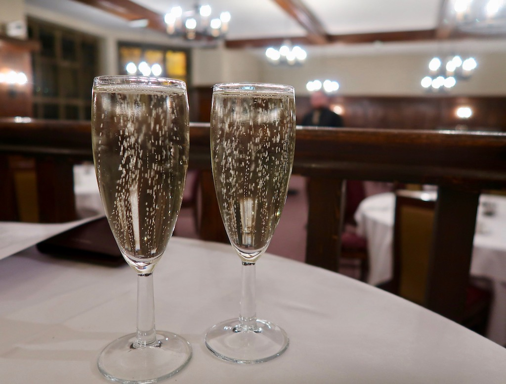 Whately Hall Hotel - fizz