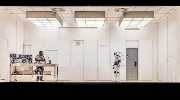 l-r) Fode Simbo & Polly Frame-SOLARIS-P-Mihaela Bodlovic