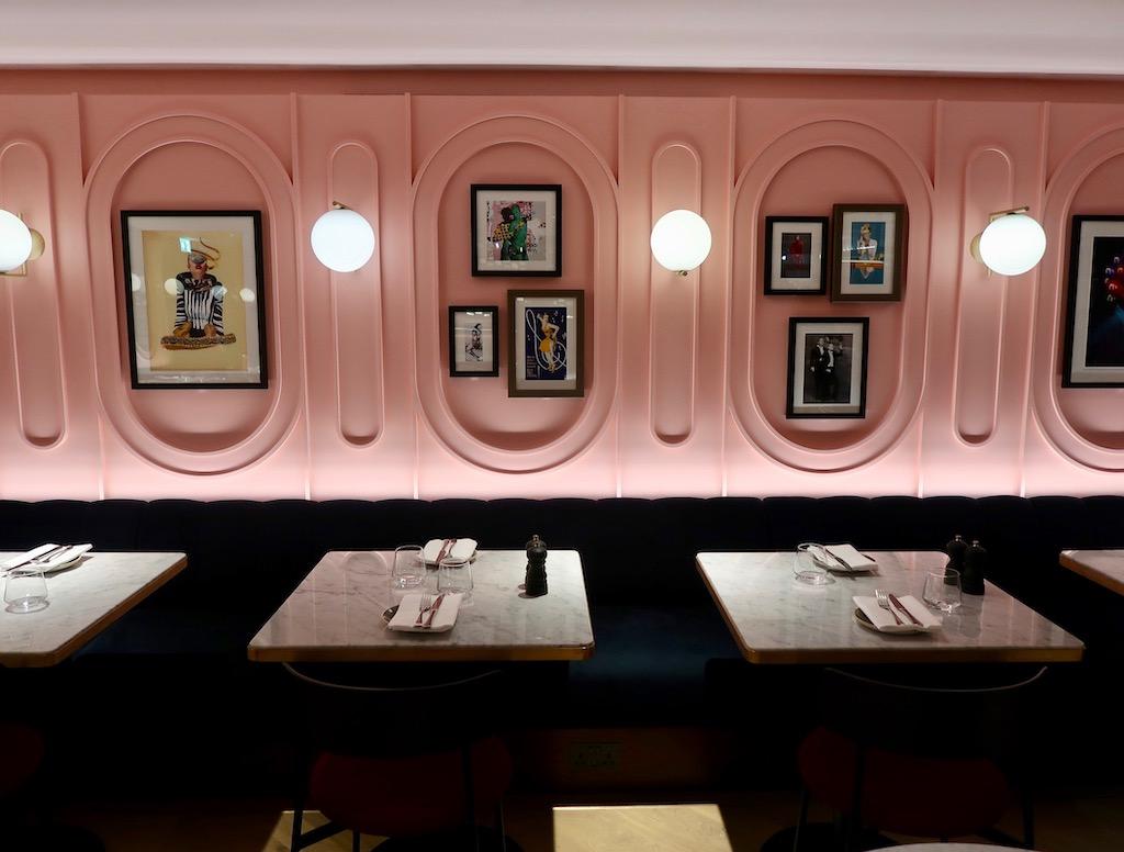 Boulevard Theatre restaurant - interior