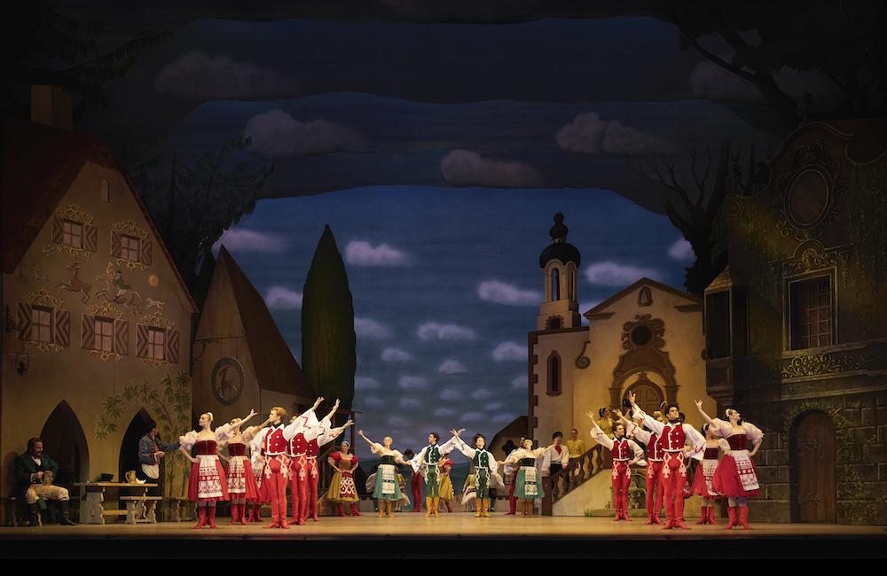 Coppelia_The Royal Ballet,ROH Covent Garden,CastSwanilda: Marianela Nunez,Franz: Vadim Muntagirov,Dr Coppélius: Gary Avis,Coppelia; Asley Dean,Aurora; Claire Calvert,Prayer; Itziar Mendizabel,Conducted by Barry Wordsworth