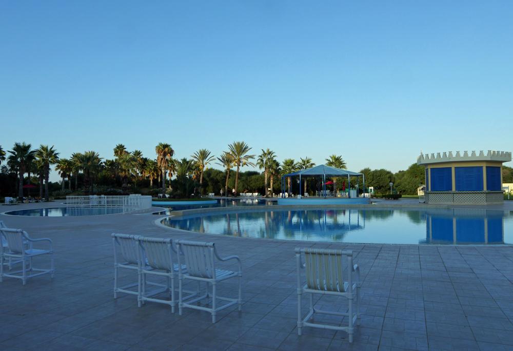 Ramada Hotel Tunis Pool