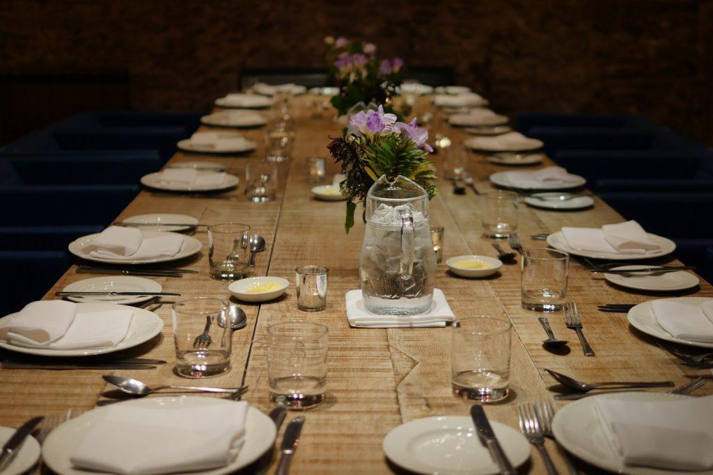 Angel Abergavenny - Table for Dinner