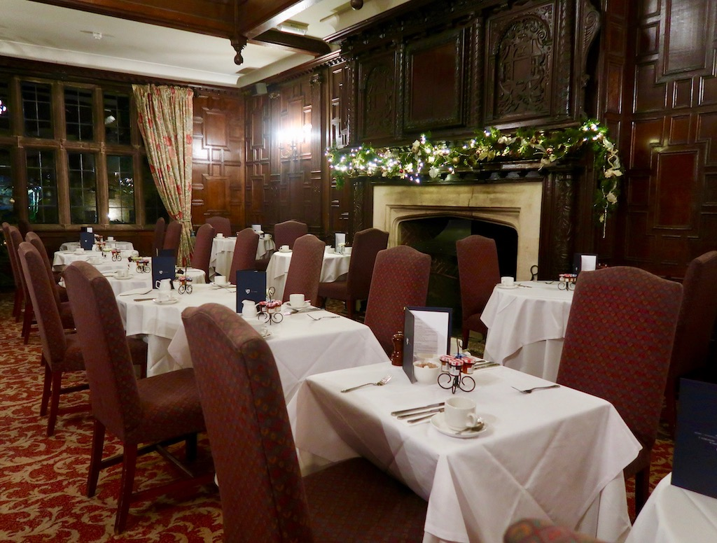 Billesley Manor Hotel - dinning room