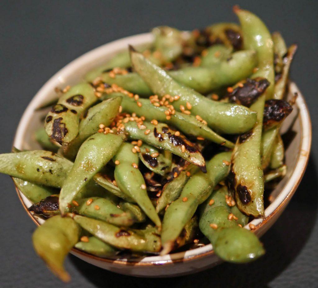 Edamame beans with sesame