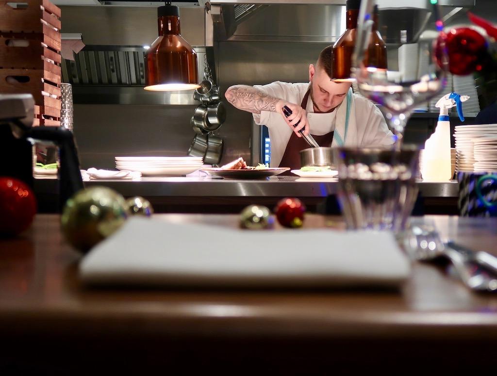 Gunmakers restaurant kitchen