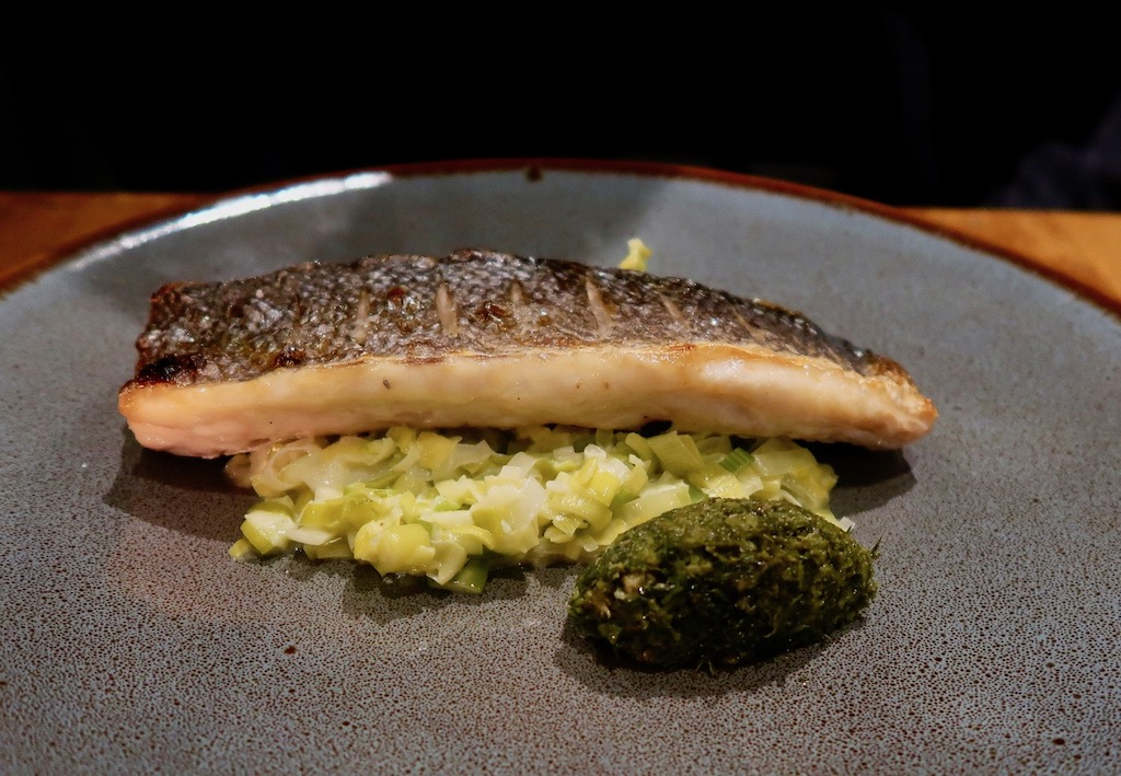 Gunmakers restaurant - sea bass