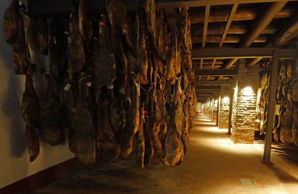 Traditional Ham curing - Dehesa - La Joya