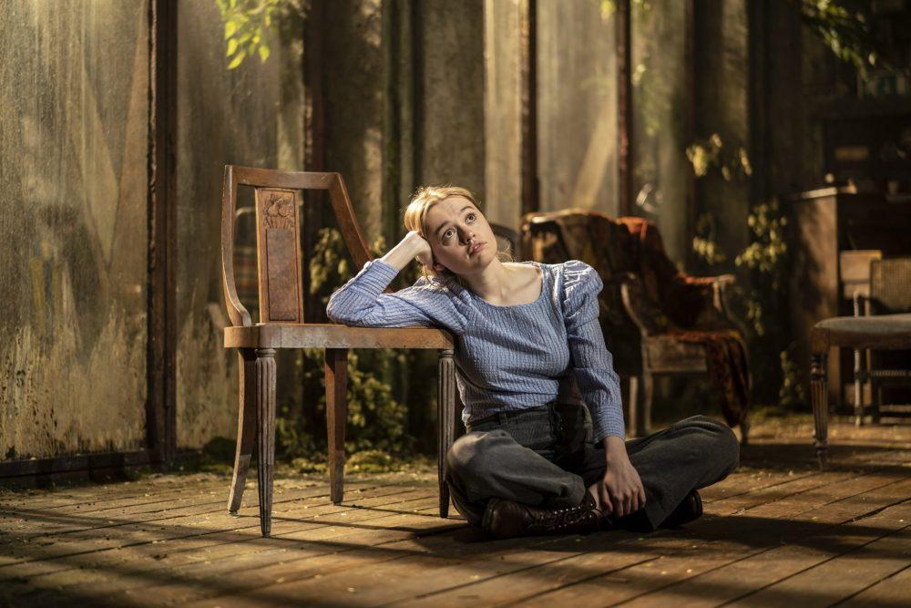Aimee-Lou Wood in Uncle Vanya c-Johan-Persson
