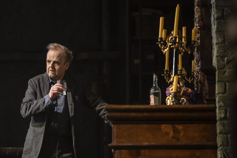 Toby Jones in Uncle Vanya c-Johan-Persson