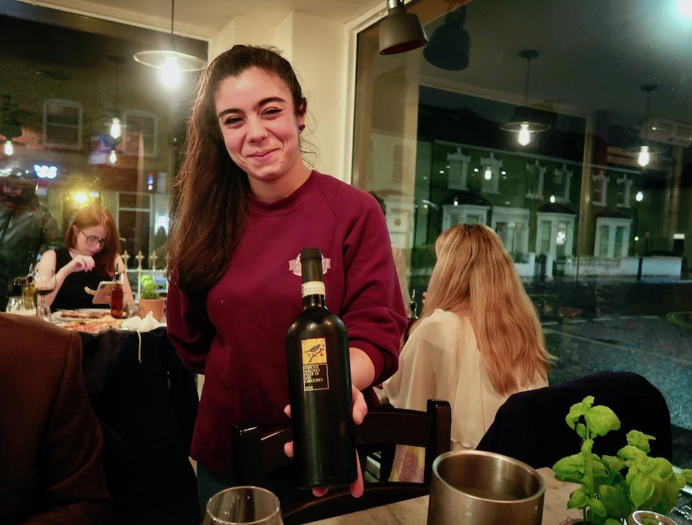 Bellillo waitress