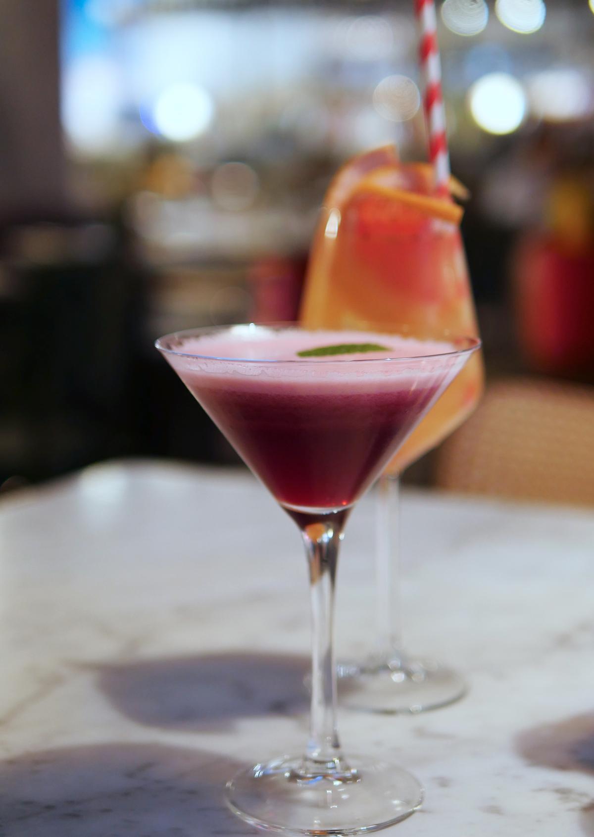 Cocktails - Scarlett Green